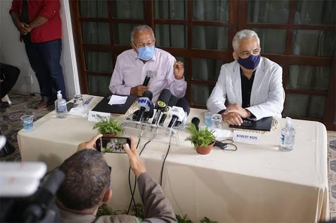 Doutor Pessoa e Robert Rios - Foto: Divulgação