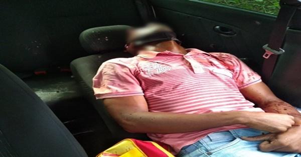 Corpo de homem encontrado em carro abandonado. (Foto: Reprodução WhatsApp)