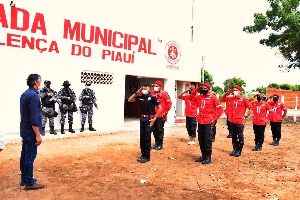 Sede da Brigada de Incêndio foi inaugurada em Valença. Video - Imagem 16