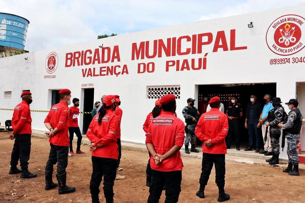 Sede da Brigada de Incêndio foi inaugurada em Valença. Video - Imagem 11