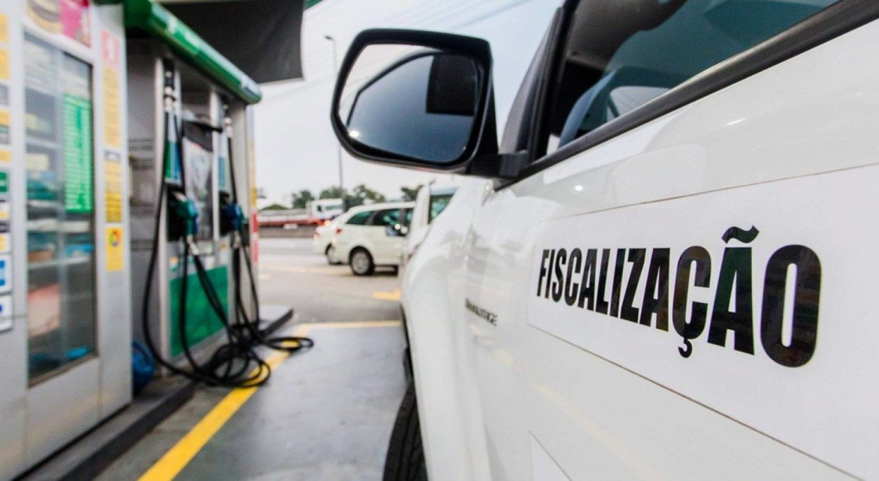 Postos de combustível foram fiscalizados (Divulgação)