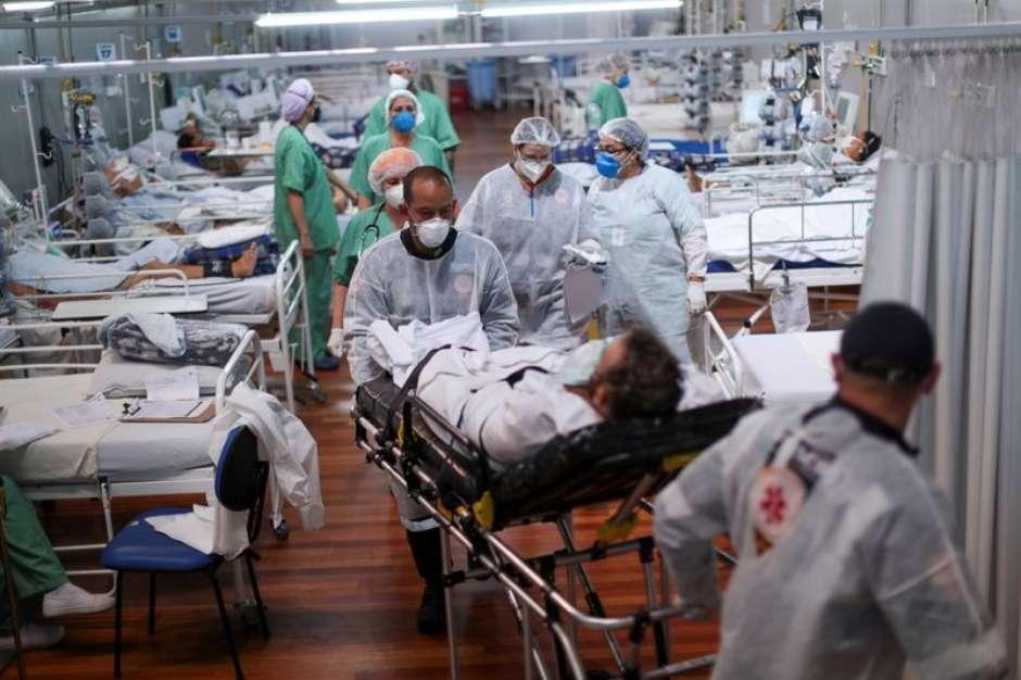 Pacientes com Covid-19 em Santo André (SP) (Foto: Reuters)