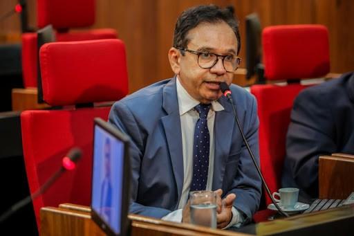 Doutor Hélio apresentou projeto de lei para prorrogar prazo de concursos
