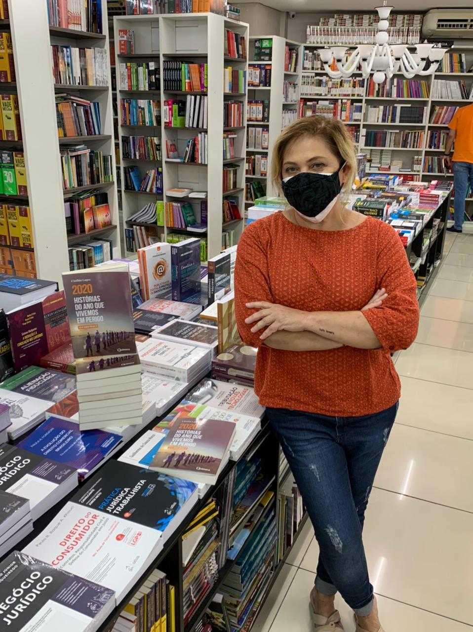 Jornalista Cinthia Lages traz relatos e experiências de quem enfrentou a Covid