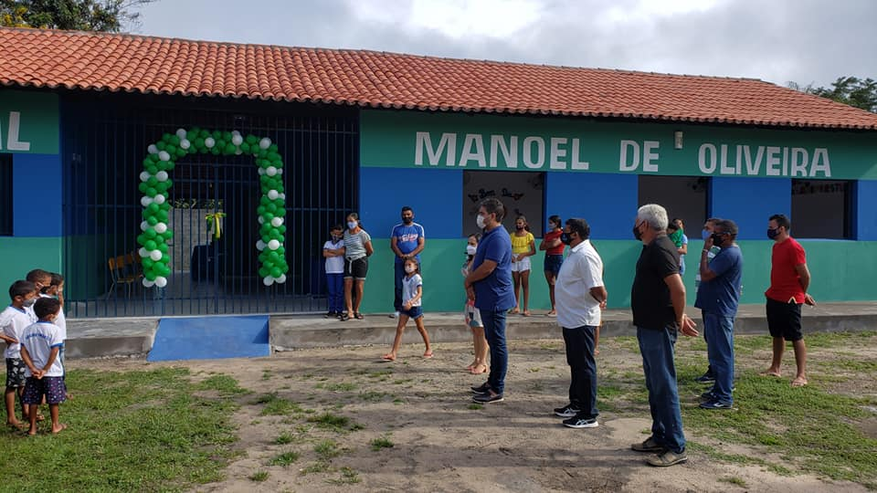 Prefeito recupera escola na zona rural       - Imagem 2