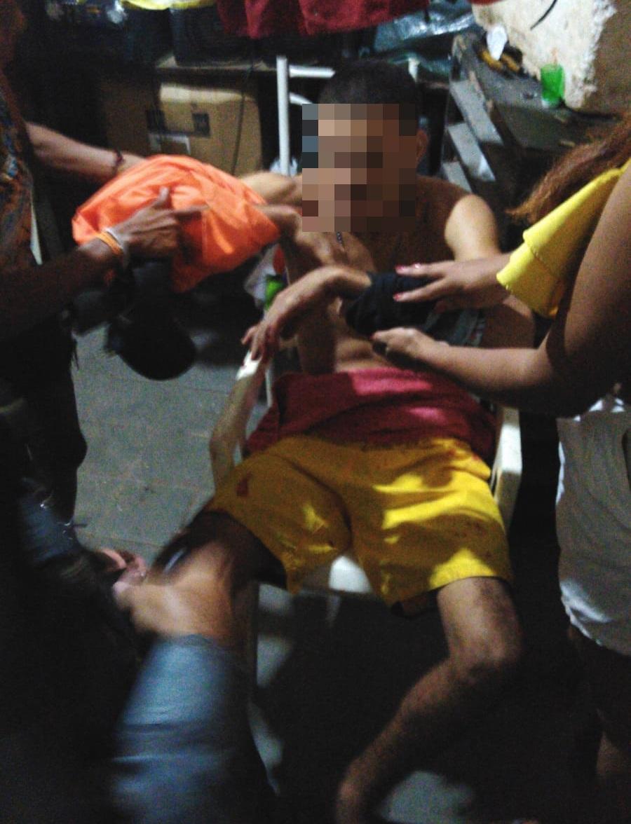 Jovem é perseguido e atingido a tiros em sua casa na zona Norte - Imagem 1