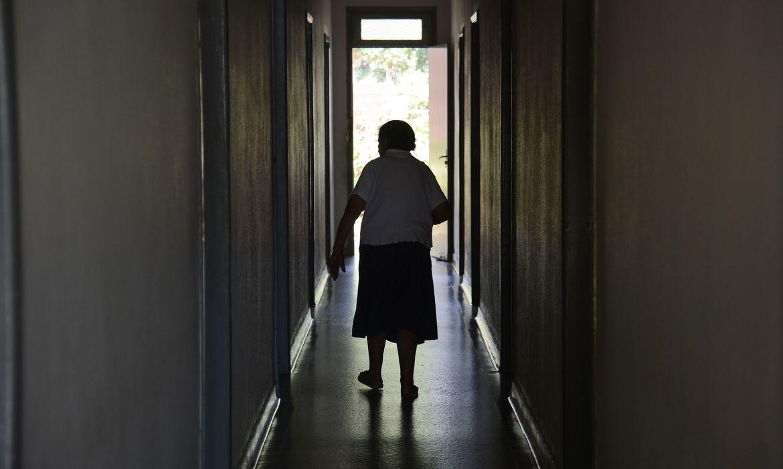 Pacientes comAlzheimer têm maior risco de morte por Covid-19 ( foto : Agência Brasil)