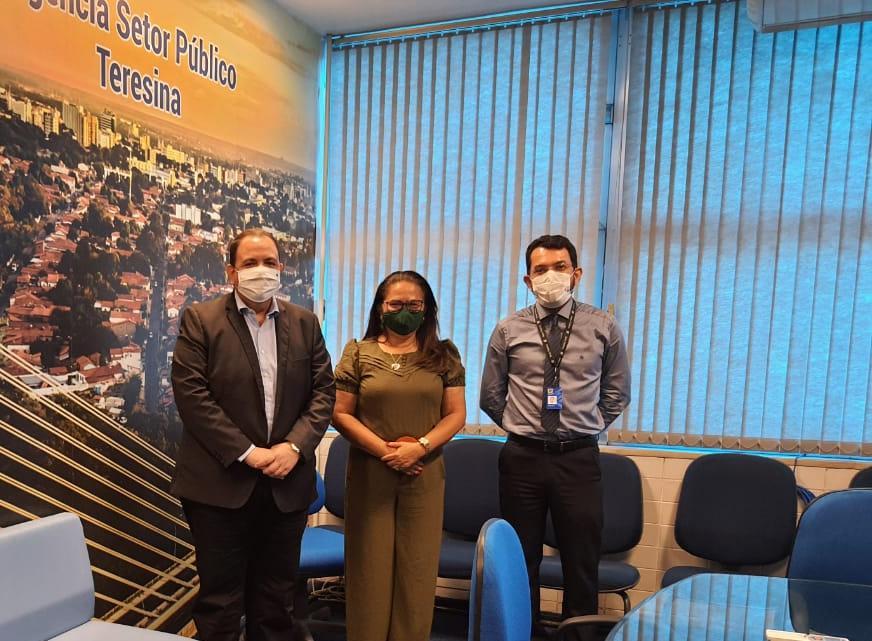 Prefeita Lúcia Lacerda visita Agencia Setor Público BB - Imagem 1