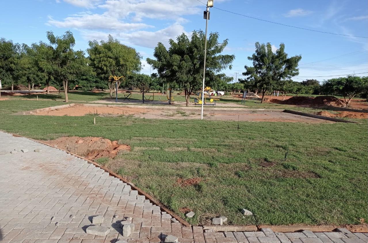 Praça da Nova Santa Rosa será entregue em maio - Imagem 1