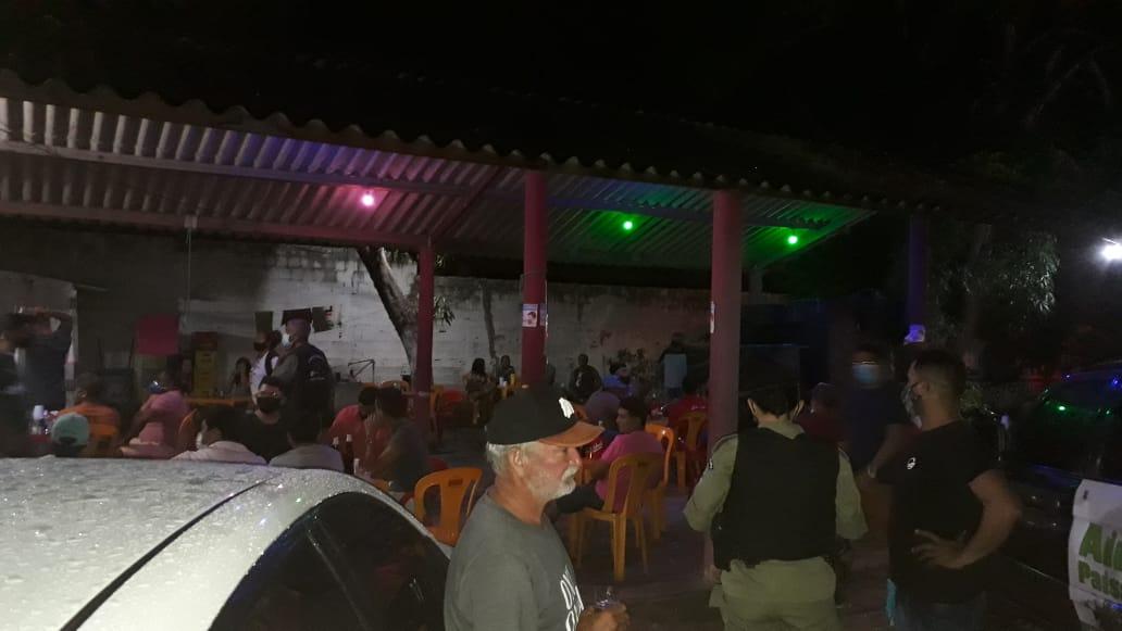 Bar é fechado por policiais em Parnaíba - Foto: Divulgação