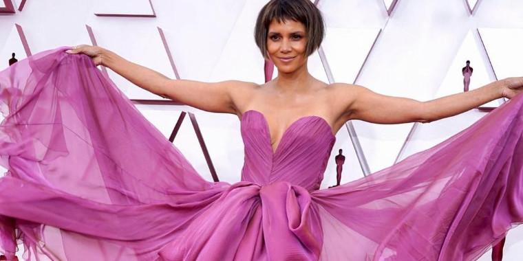 Oscar 2021: confira os looks mais glamourosos do tapete vermelho