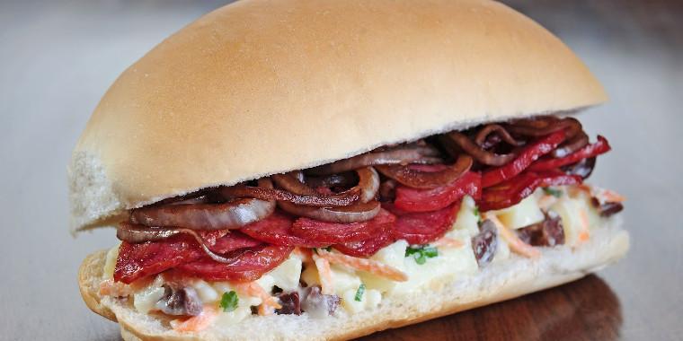 Sanduíche de calabresa é destaque em nossa receita da hora