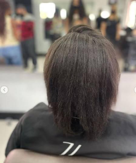 "Lumena, do ""BBB 21"", surge de cabelos curtos antes de trocar mega Foto: Jamile Zeidan/ reprodução instagram"