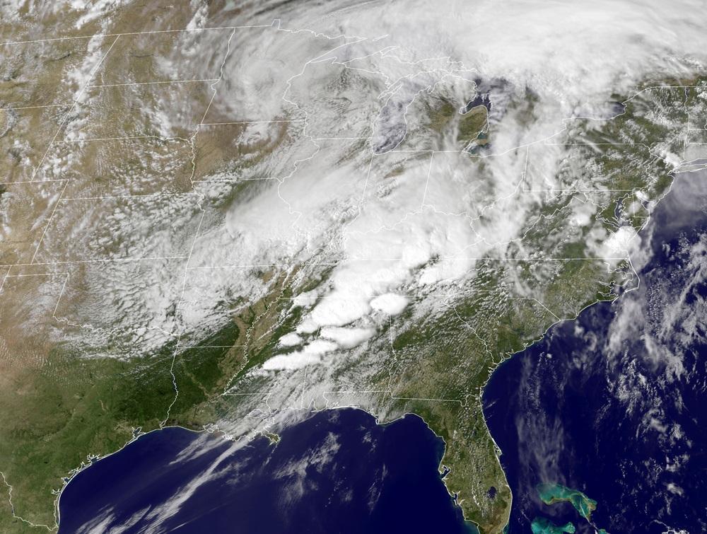 Tornados varrem o Sudeste dos EUA e deixam 300 pessoas mortas - Imagem 1