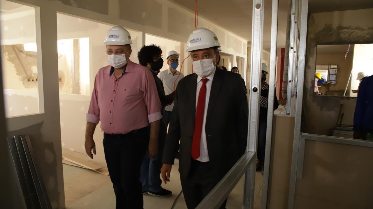 Wellington Dias e Florentino Neto visitam obras da saúdeWellington Dias e Florentino Neto visitam obras da saúde