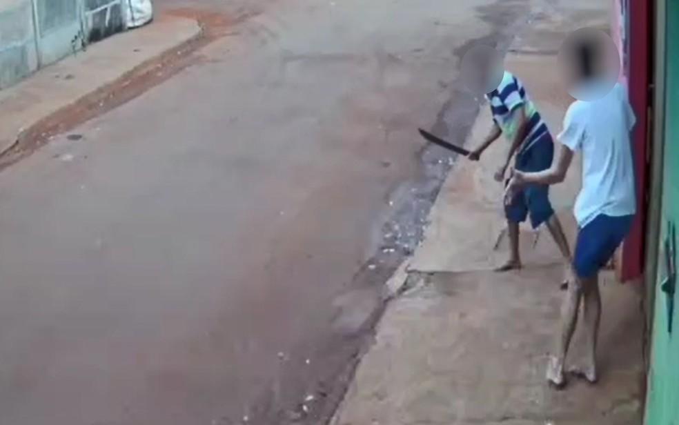 Homem agrediu a vizinha após ela pedir que ele parasse de rir - Foto: Reprodução