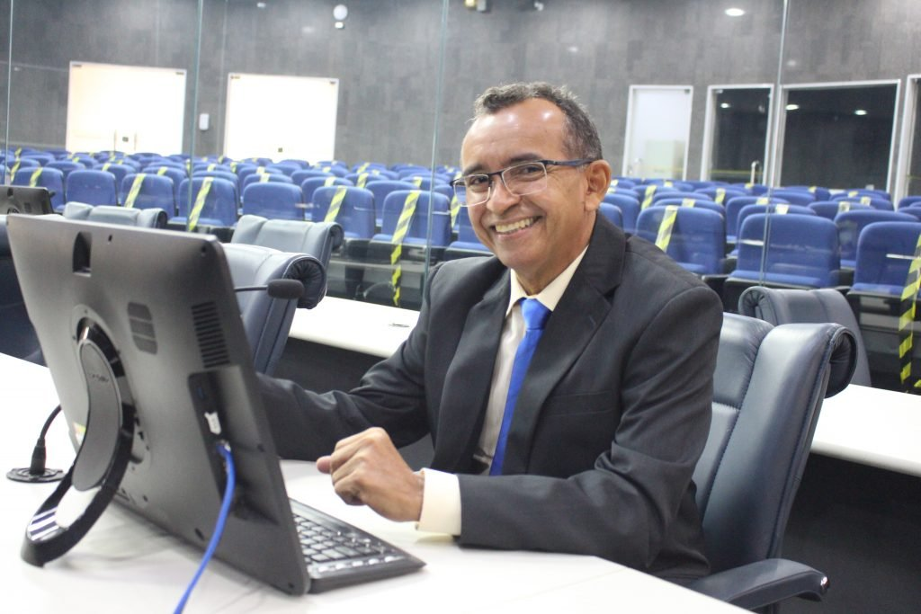 Vereador Paulo Lopes apresentou emendas