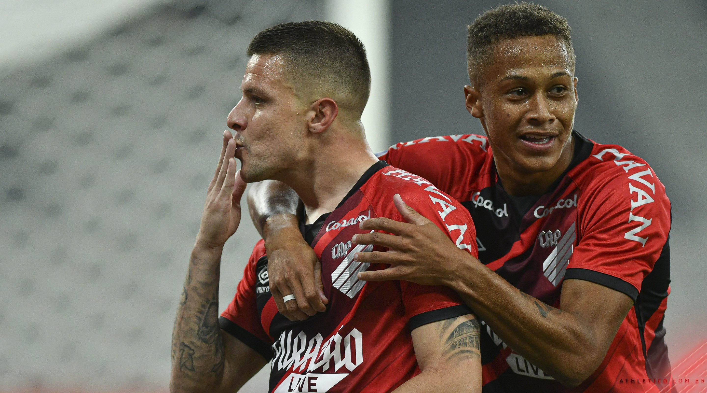 Athletico está bem até o momento, com duas vitórias na competição - Foto: José Tramontim