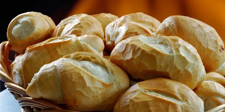 Como fazer um pão francês, também conhecido como pão de sal