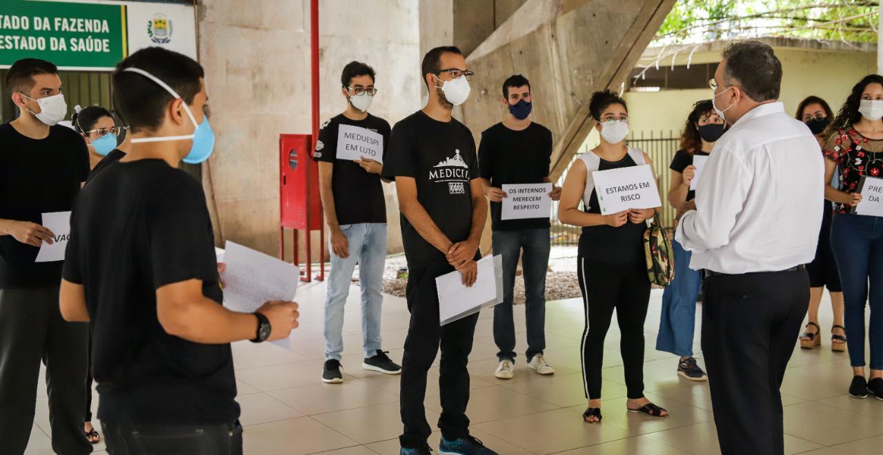 Estudantes da área de saúde são vacinados contra Covid no Piauí - Imagem 2