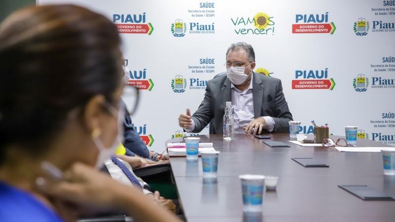 Secretário de Saúde do Piauí indica que 100% da faixa etária será vacinada (Foto: Pedro Falcão)