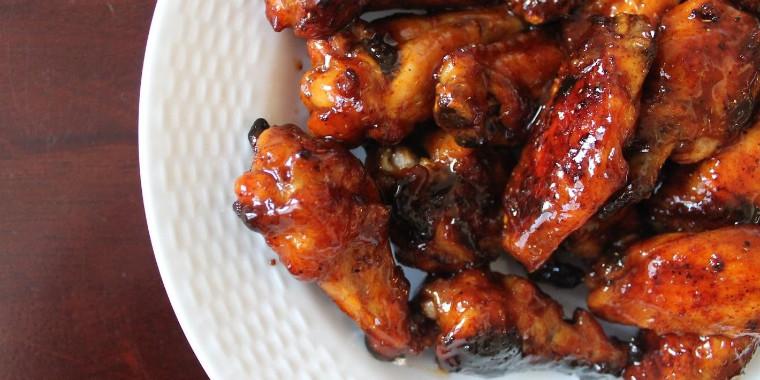 Essa receita de asa de frango assada é a escolha perfeita