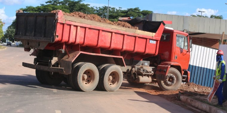 MPE investiga construção de supermercado às margens do rio Poti