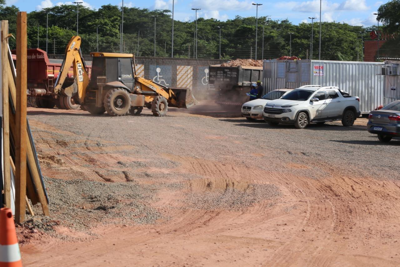 Ministério Público fiscaliza impacto ambiental de obra de supermercado Assai às magens do Rio Poti ( foto: Efrem Ribeiro)
