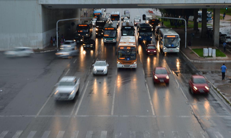Mudanças no Código de Trânsito começam a valer neste mês - Foto: Marcello Casal JrAgência Brasil