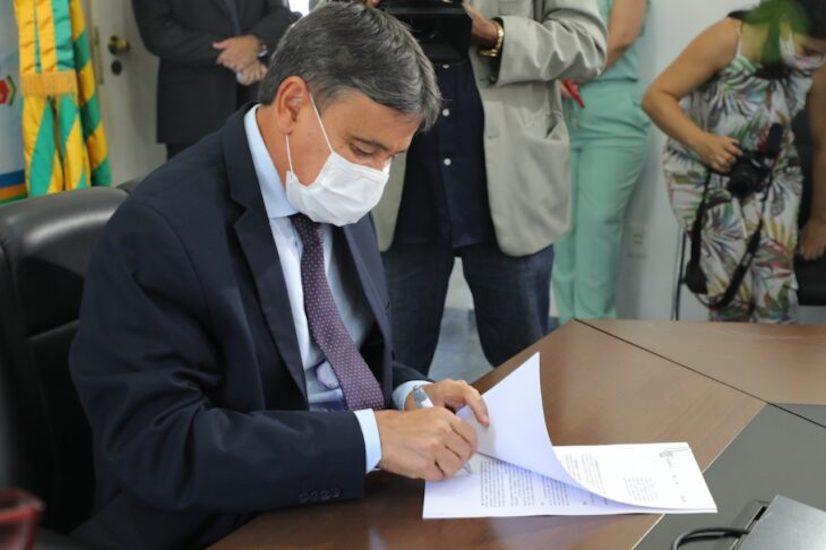 Governador assinou um novo decreto que vale até o dia 11 de abril - Foto: Divulgação/Ascom