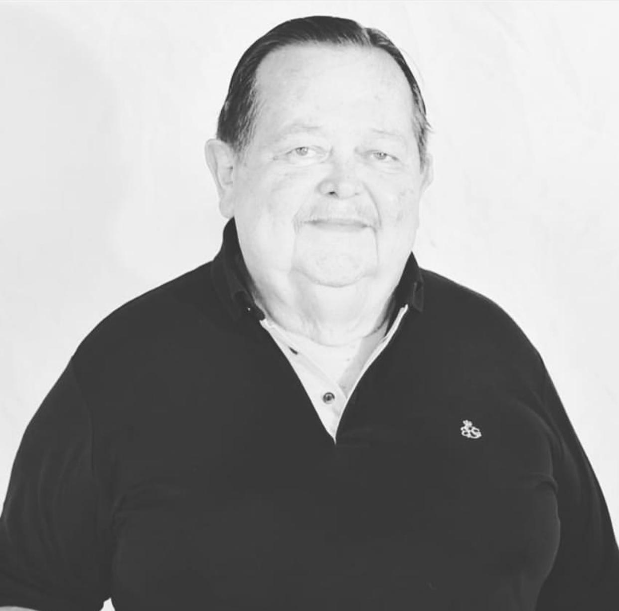 Políticos lamentam morte do ex-prefeito Robert Freitas por covid-19