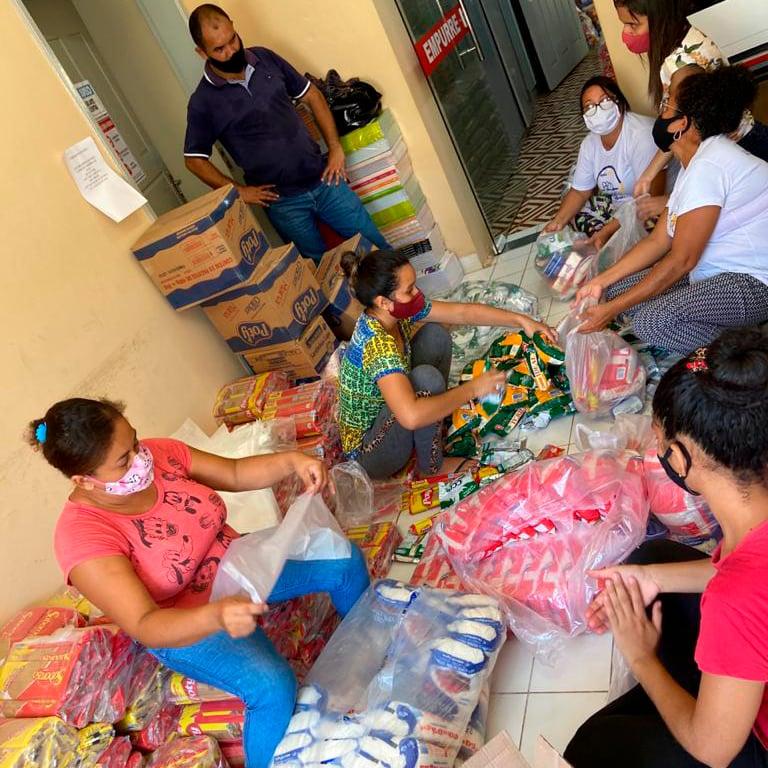 SME de Joaquim Pires entrega kit de alimentação escolar - Imagem 3