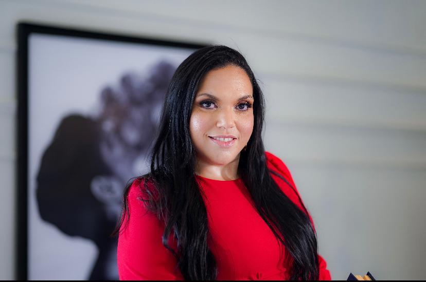 Advogada Élida Franklin, representante da Comissão de Acompanhamento dos Internos da CPA, acompanha as condições da penitenciária