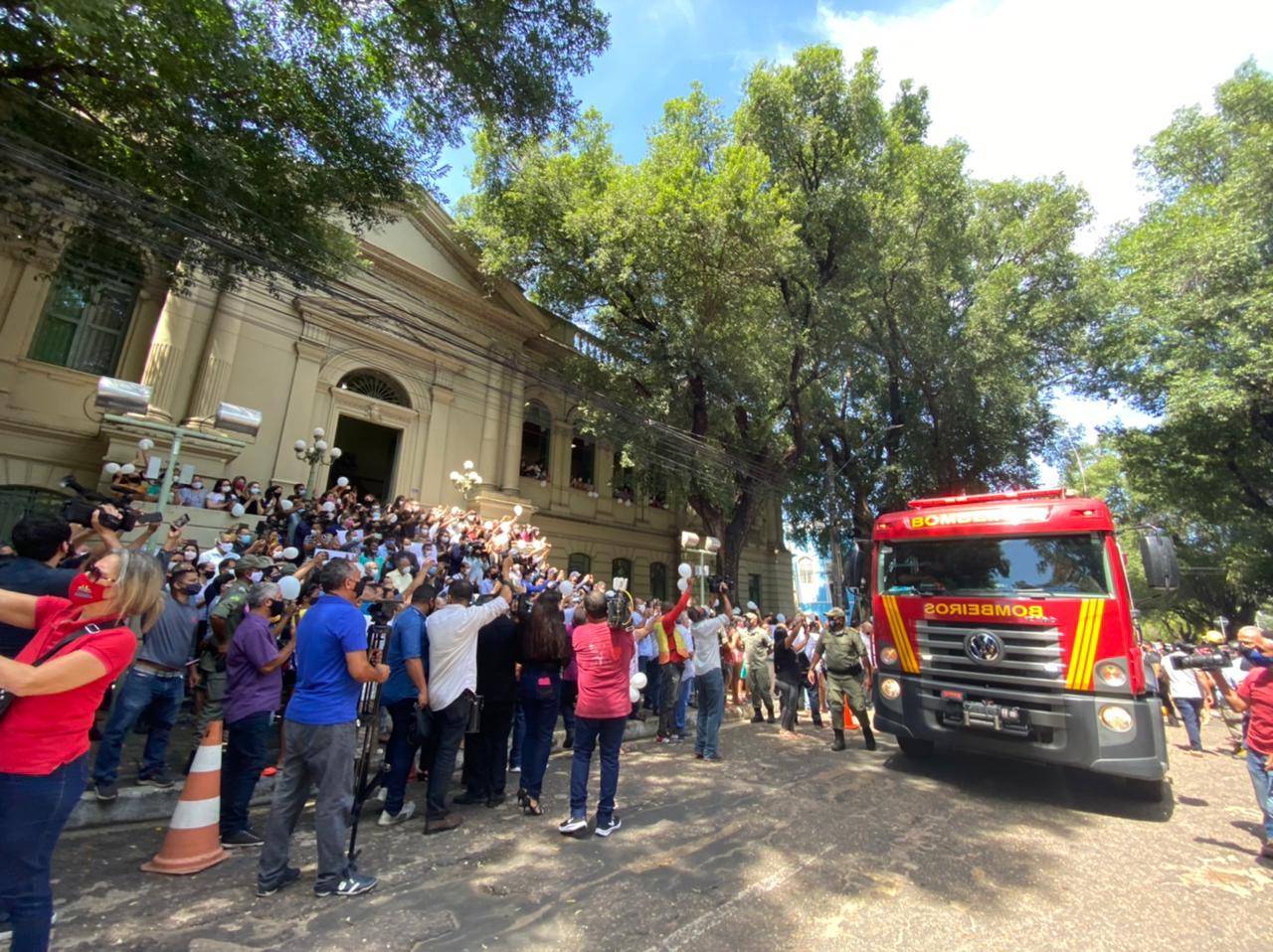 Últimas homenagens para Firmino Filho na Prefeitura de Teresina - Foto: Raíssa Morais