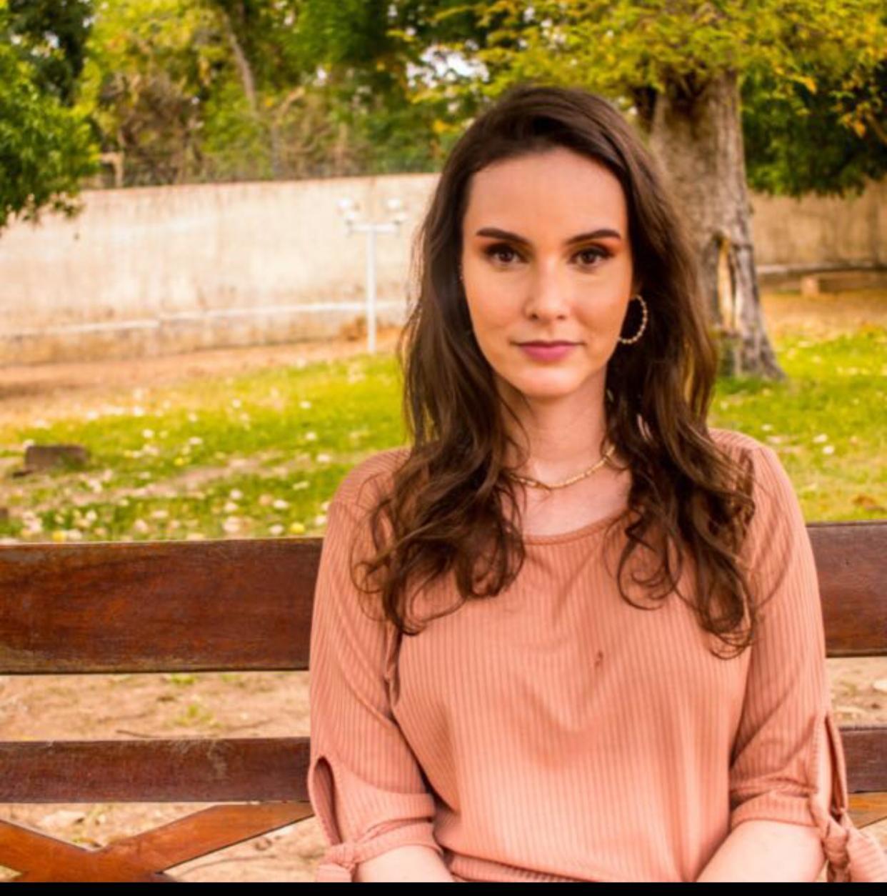 Psicóloga Renata Bandeira esclarece sobre o fenômeno do suicídio