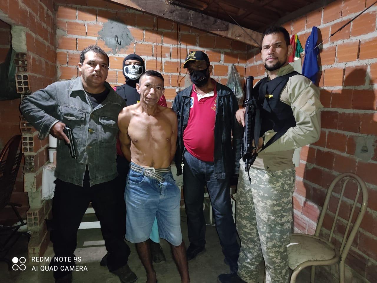Acusado foi preso escondido em um casebre no interior do Piauí. (Foto: Divulgação)