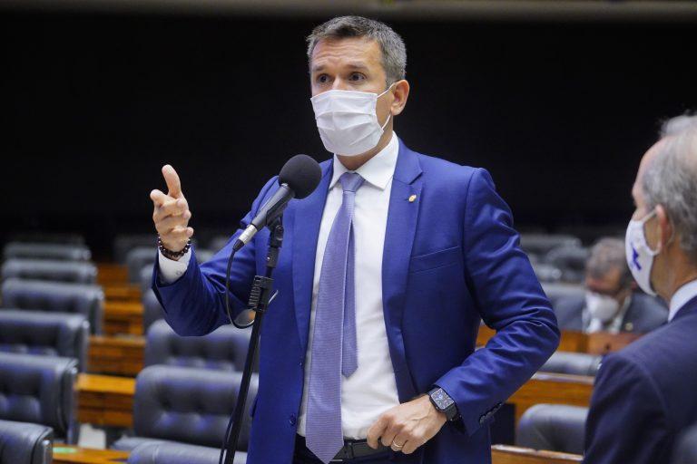Deputado Felipe Carreras é autor do projeto (Pablo Valadares / Câmara dos Deputados)