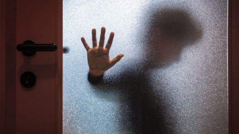 Vítimas de abuso tem dificuldade de denunciar(Foto: Getty Image)