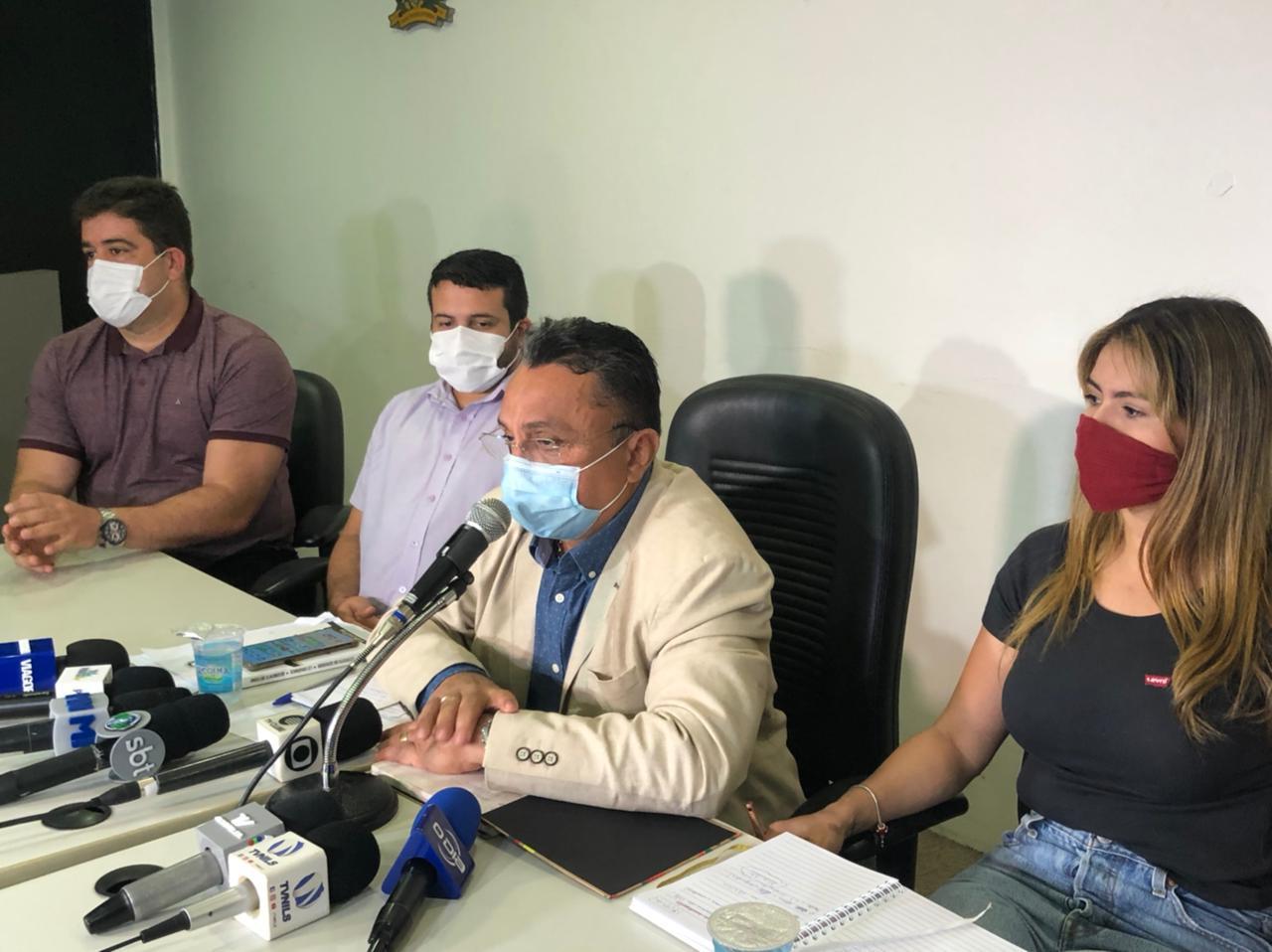 Coletiva de imprensa sobre a CPI do Transporte Público de Teresina