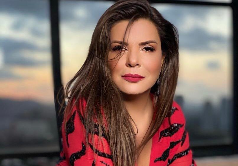 Mara Maravilha fala sobre aas mudanças em sua vida após a maternidade (Foto: Rafael Manole)