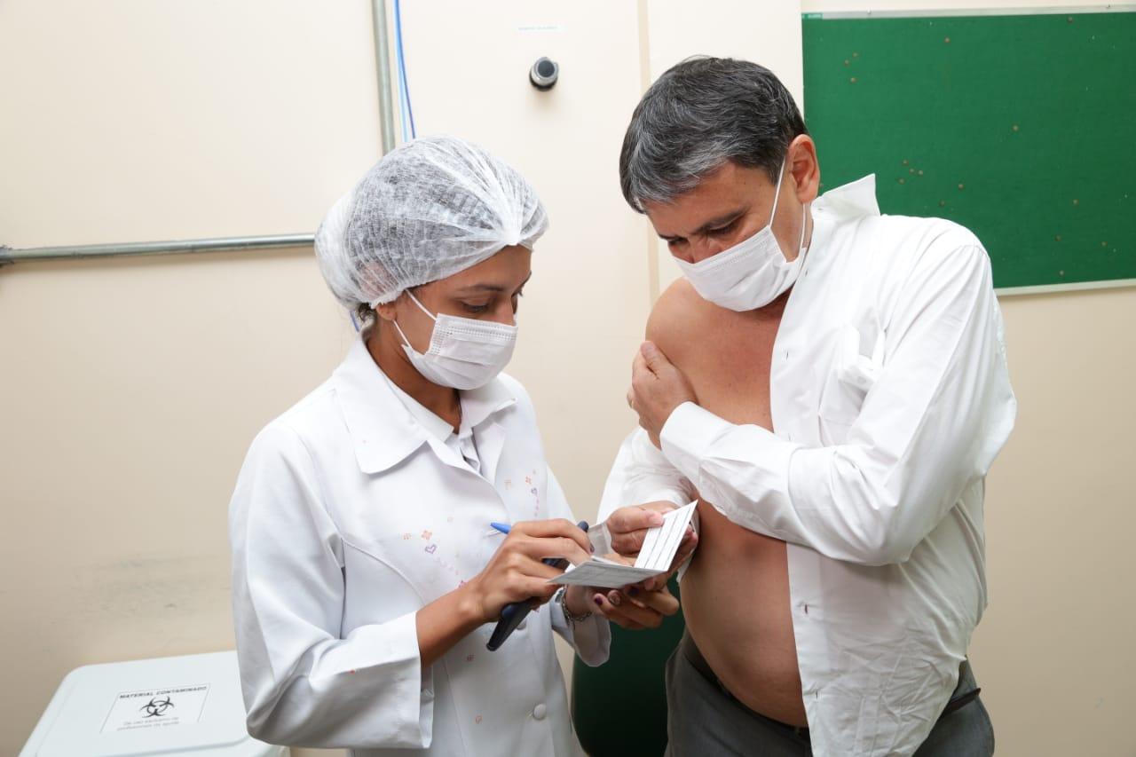 Wellington Dias tomará a segunda dose em agosto deste ano (Foto: Ccom)