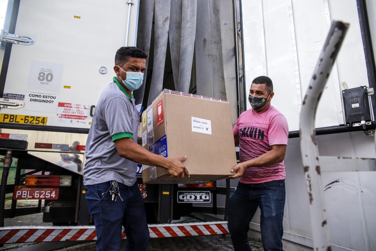 A logística de distribuição do imunizante foi montada levando em conta as suas condições de armazenamento