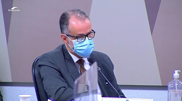 """""""Minha posição sobre o tratamento precoce da doença não contempla essa medicação"""", diz Barra Torres (Reprodução TV Senado)"""