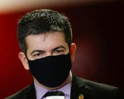 """Randolfe: 'CPI quer saber se há interferência política na Anvisa"""""""