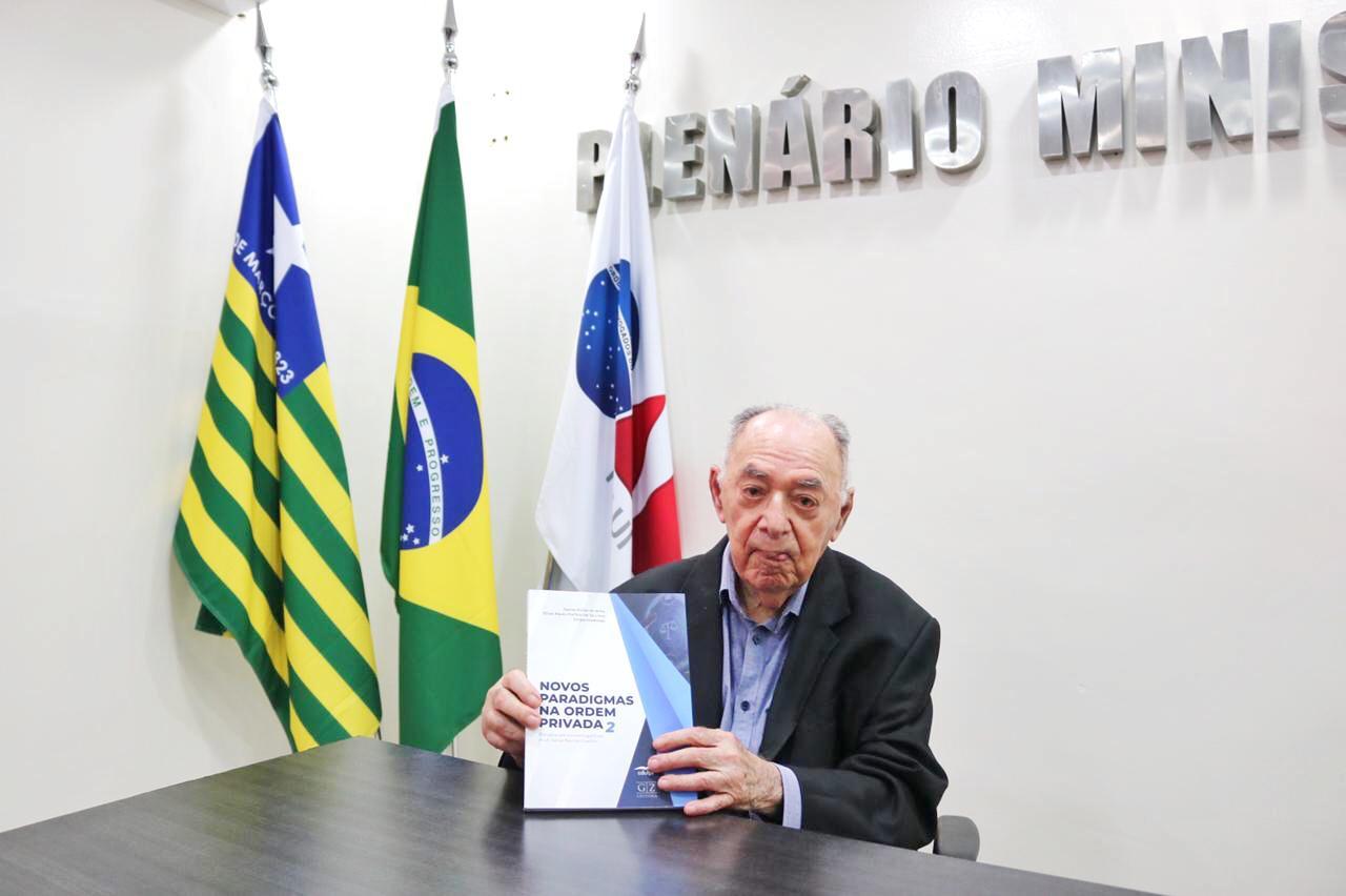 Celso Barros Coelho completou 99 anos