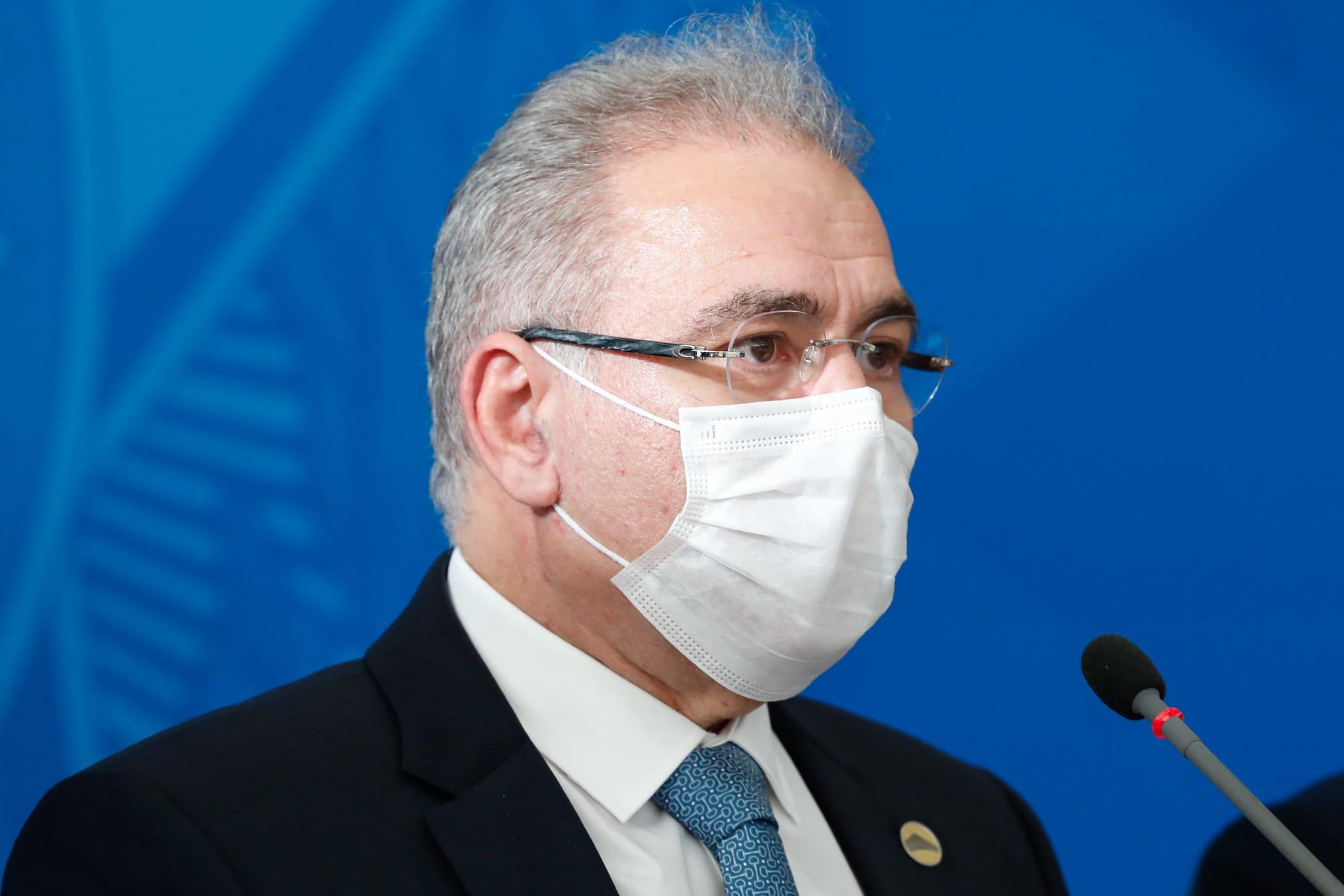 Portaria assinada por Marcelo Queiroga viabiliza o repasse de cerca de R$ 1 bilhão aos municípios brasileiros para o combate à Covid (Foto: Alan Santos)