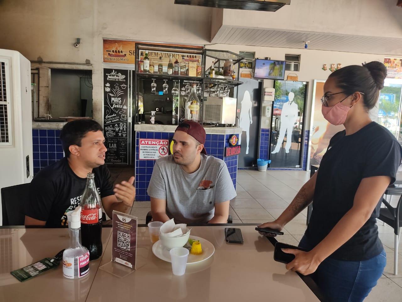 Os chefs Igor Rocha e José Neto definiram os pratos piauienses que vão participar de festival gastronômico