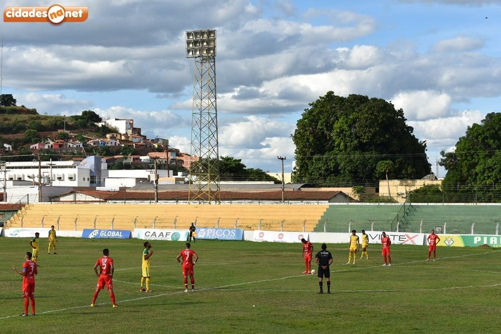 Com a derrota, o Zangão não tem mais chances de permanecer na elite do futebol piauiense (Foto: Cidades na Net)