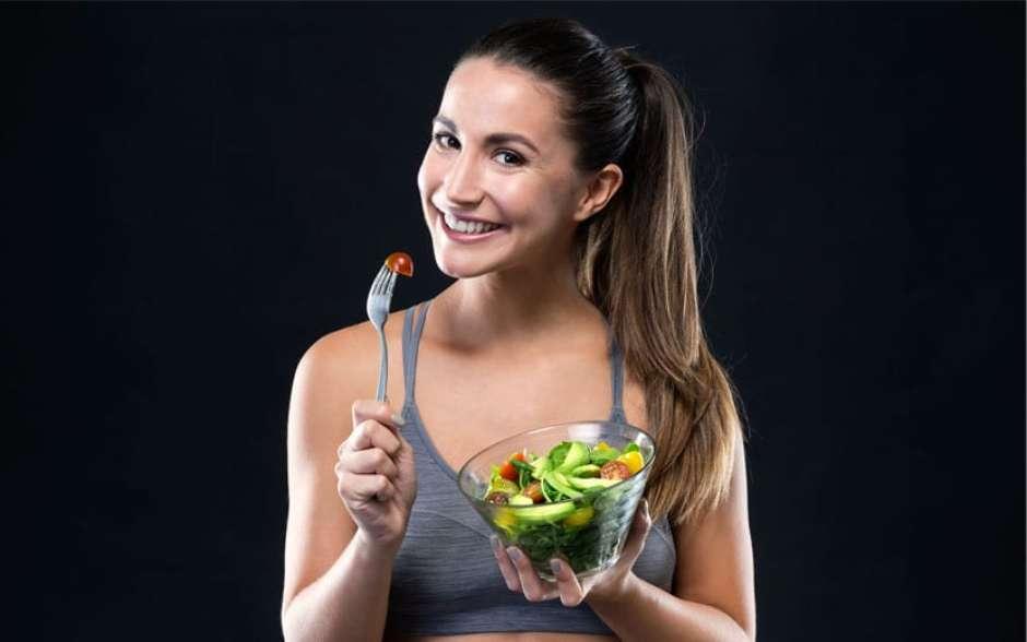 Para ganhar músculos, além de malhar, é necessário cuidar da alimentação (Foto: Freepik / Sport Life)