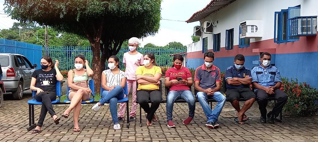 Prefeito Ítalo fez Homenagem aos Funcionários da Unidade Mista de Saúde  - Imagem 2